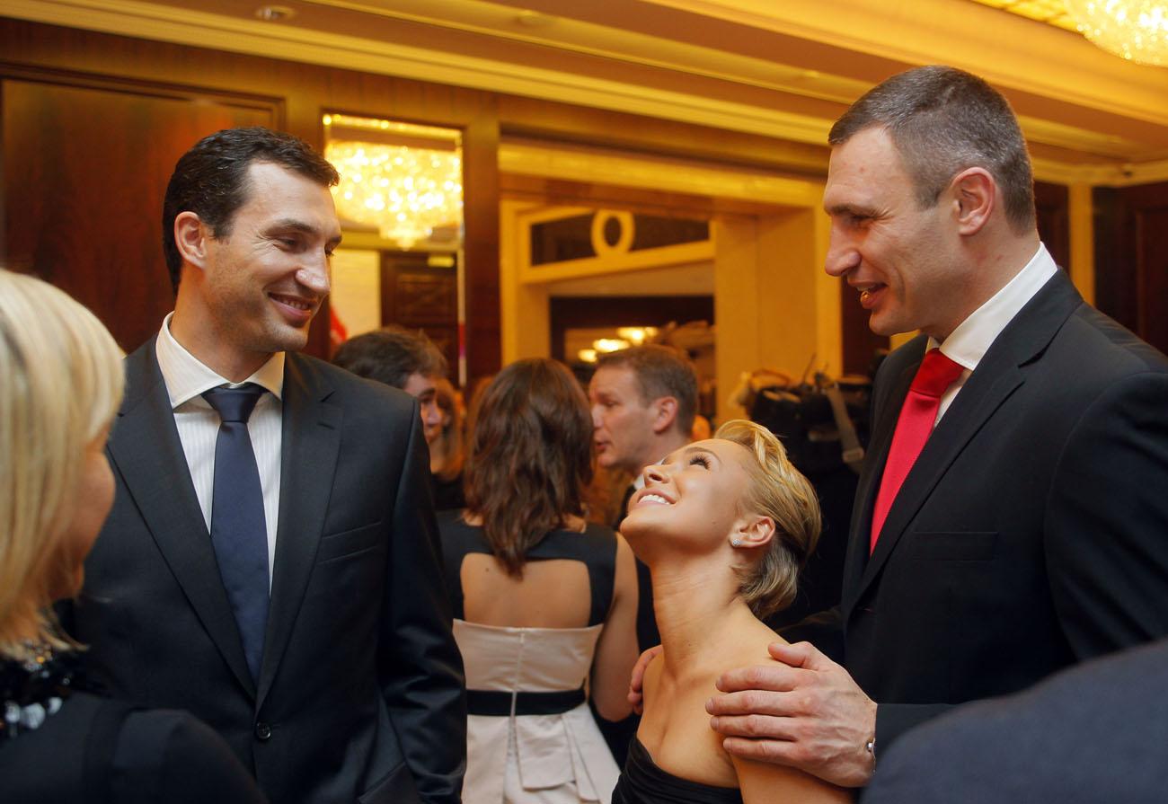 Поветкин проводит свои тренировки в  Киргизии, а Владимир Кличко находится на отдыхе в Италии