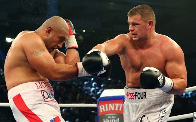 Бой между Вламиром Кличко и Алексом Леапаи намечен на апрель